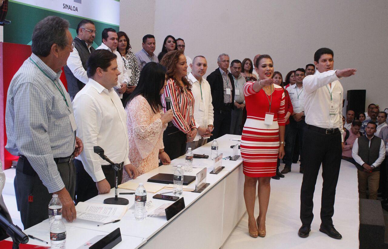 Ejercer política para servir a la gente, compromiso del PRI: Carlos Gandarilla